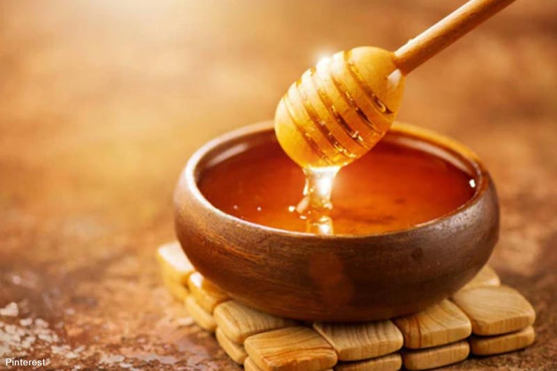 DIY Champion: 7 Amazing Benefits of Honey For Your Hair & Skin
