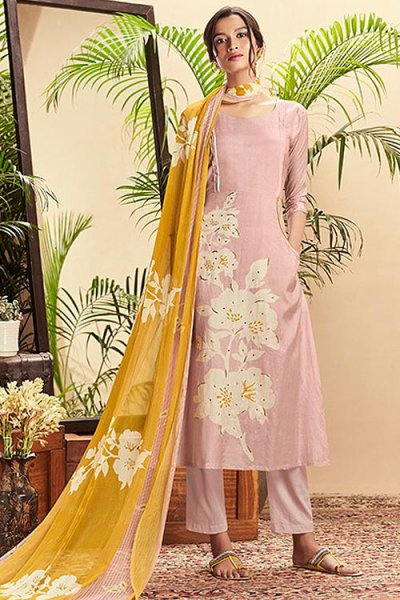 Light Pink Cotton Silk printed Salwar Kameez With Beautiful Chiffon Dupatta