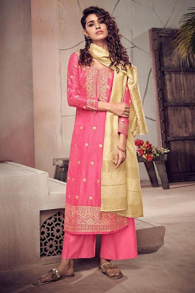 Pink Silk Suit in Jacquard Weave