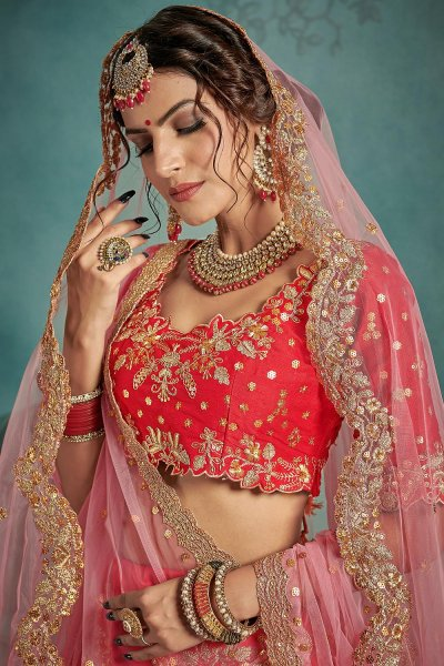 Stunning Red Bridal Lehenga Choli with Beautiful Work